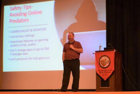 Program teaches valuable social media skills