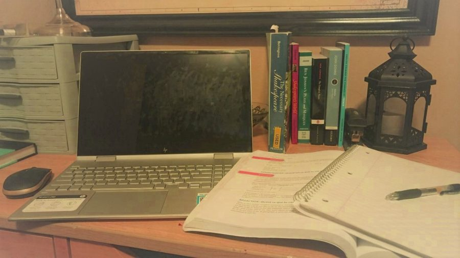 College freshmen need a dedicated work space
